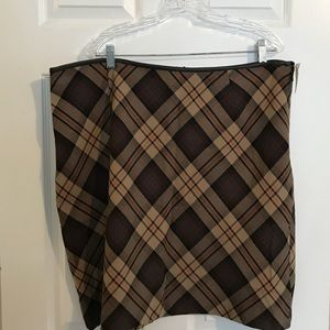 Dresses & Skirts - Brand new, never worn brown plaid skirt!